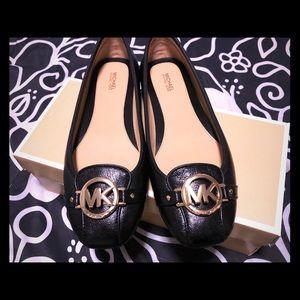 Michael Kors Fulton Leather Flat